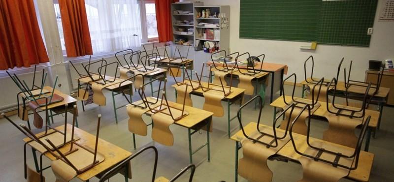 780 iskolában volt felújítás