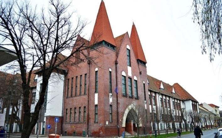 Félmilliárdot nyert a halasi református iskola