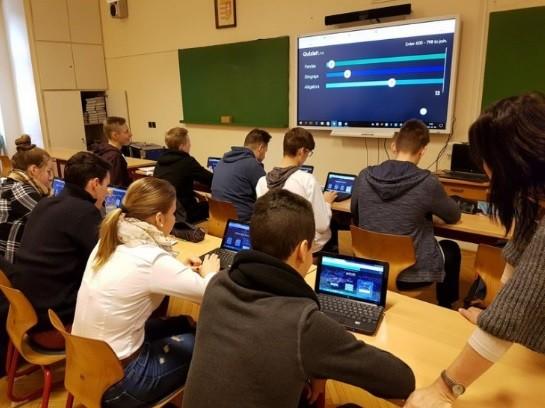 2017-ben Digitális Mintaiskola Program indul a kecskeméti Piarista Iskolában