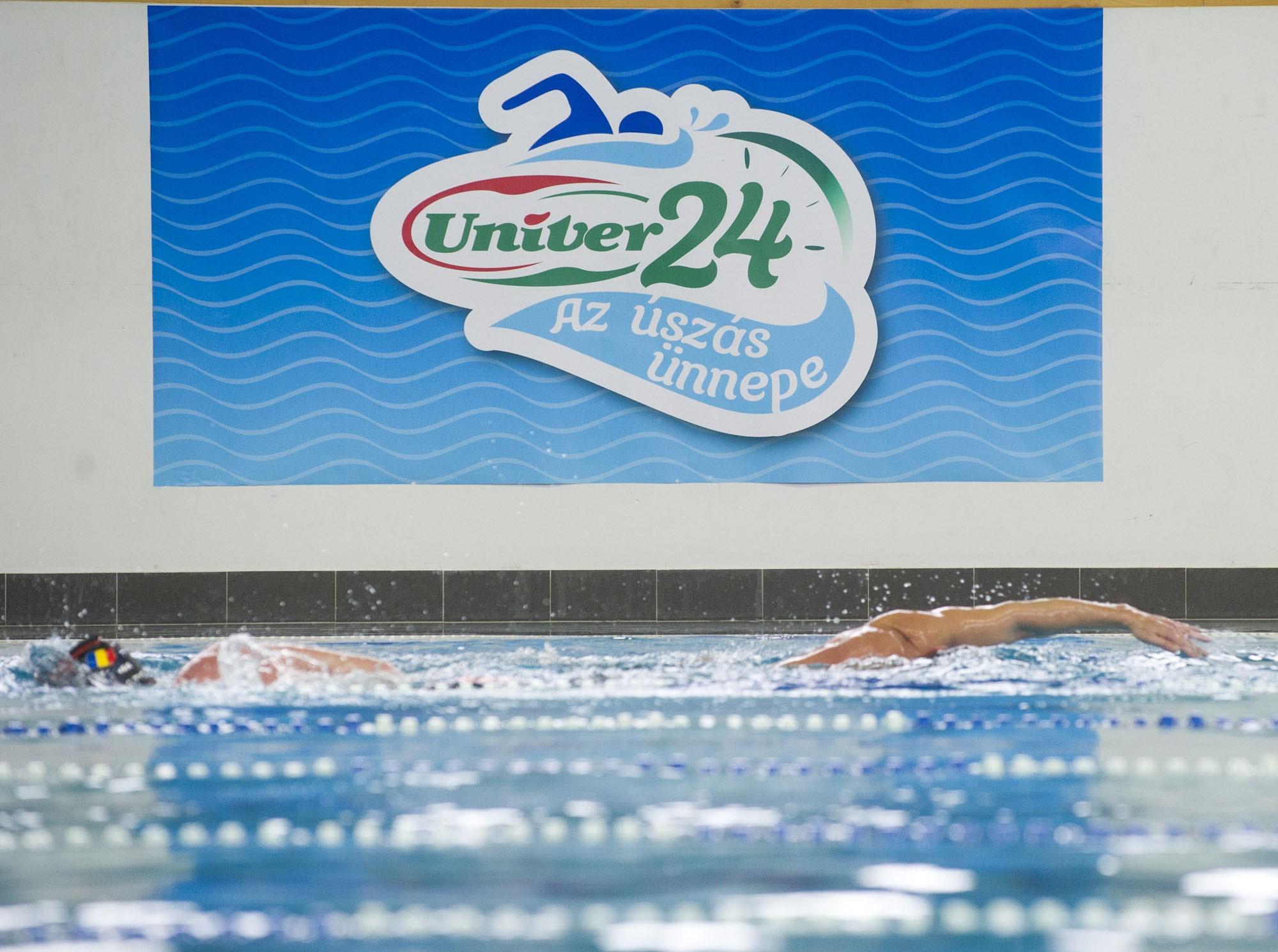 Ismét 24 órás megmérettetés lesz az Úszás ünnepén
