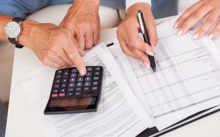Bankkártyával is kiegyenlíthető lesz az adótartozás