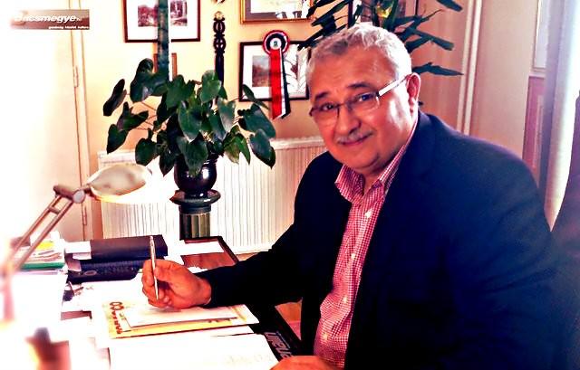 Az izsáki polgármester és a Simicska híradó