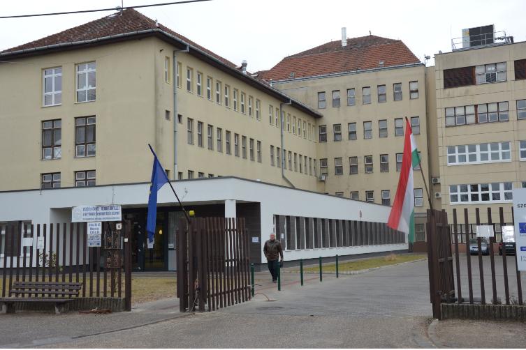 Átadták a kiskunfélegyházi kórház új épületszárnyát