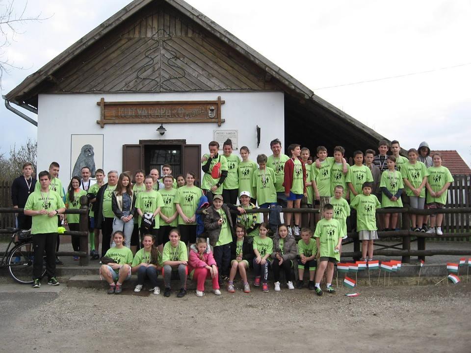 Fuss velünk te is 1848 métert a Kutyakaparó Futófesztiválon!