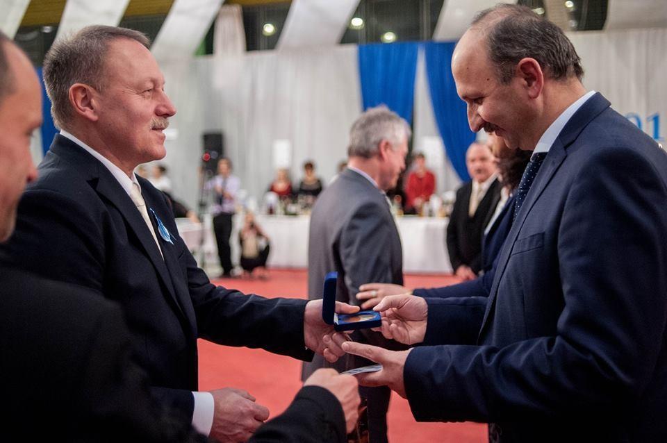 Pro Scola díjat kapott Kiskunmajsa Város Önkormányzata