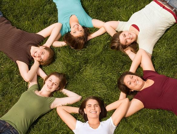A relaxációval és a stresszkezeléssel ismerkedhetünk a kecskeméti Ifjúsági Otthonban