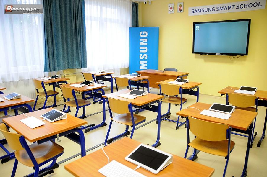 Neee, Samsung Smart School iskola lett a soltvadkerti