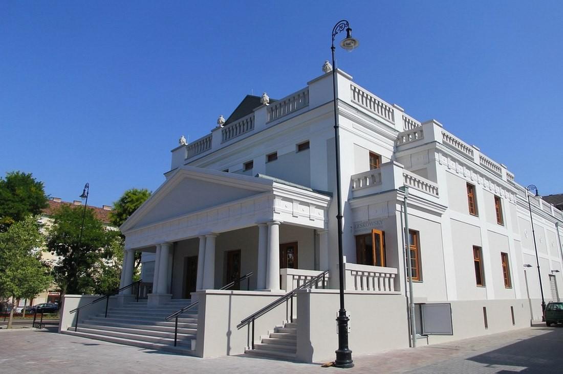 A Turisztikai Központ és környéke is bekapcsolódik a rendezvényi helyszínek közé