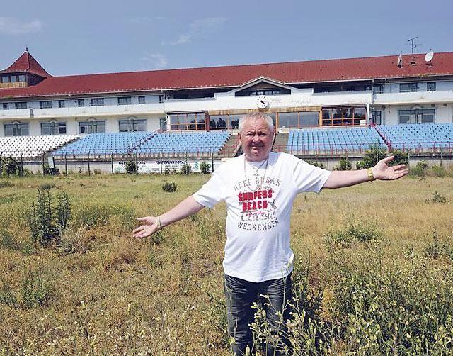 Újra Stadleré az akasztói stadion
