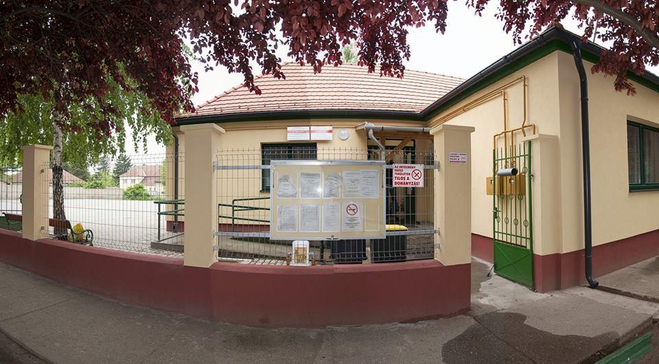 Közel negyven millió forint kormányzati támogatásból újult meg a madarasi orvosi rendelő