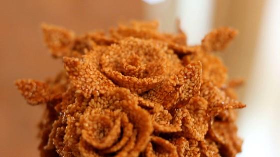 Égetett cukorcsodák árasztják el Lajosmizsét