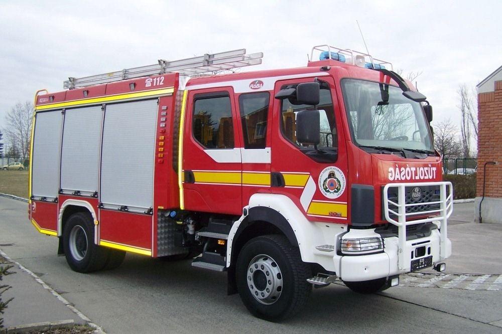 23 millió forint pályázati pénzt nyert a megye tűzoltóeszközök és felszerelések vásárlására