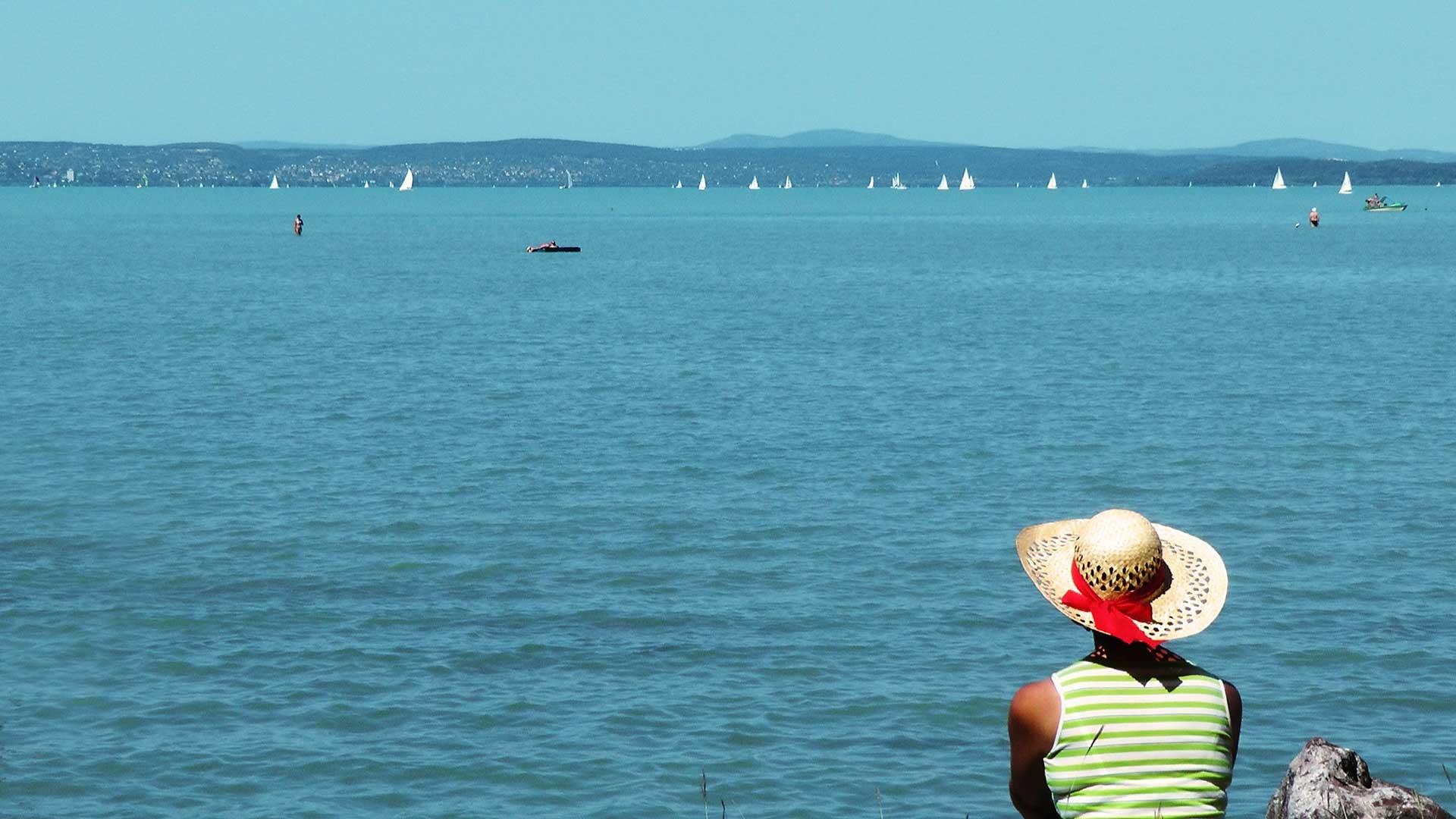 Idén a magyarok fele tervez nyaralást