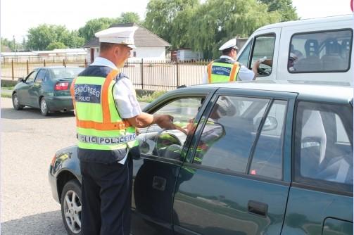 Hatalmas razziát tart hétvégén a rendőrség