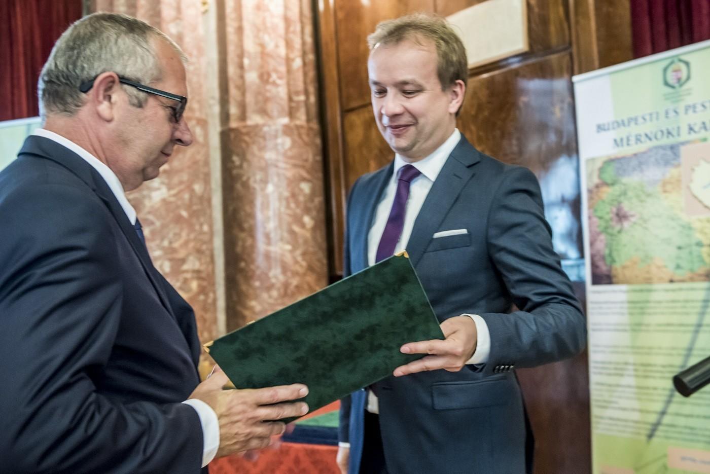 Az idei Építők Napján is kitüntetésben részesült a kiskunhalasi Merkbau Kft.