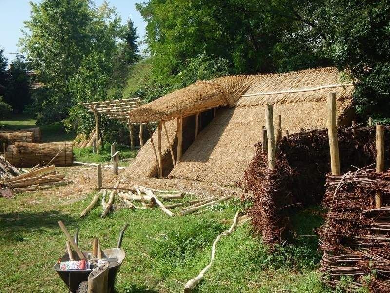 Októberre megújul a tiszaalpári Árpád-kori falurekonstrukció