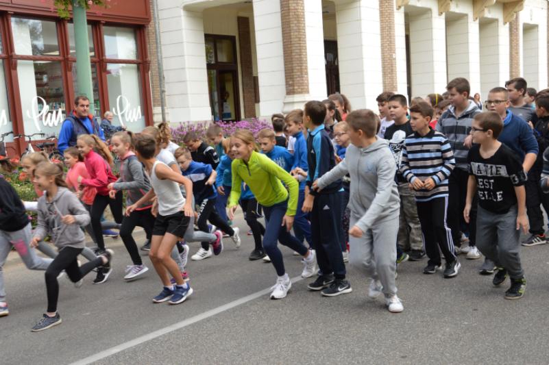 Sportosak a félegyházi diákok