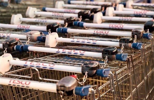 Tizennyolc Tescót zártak be a sztrájk miatt