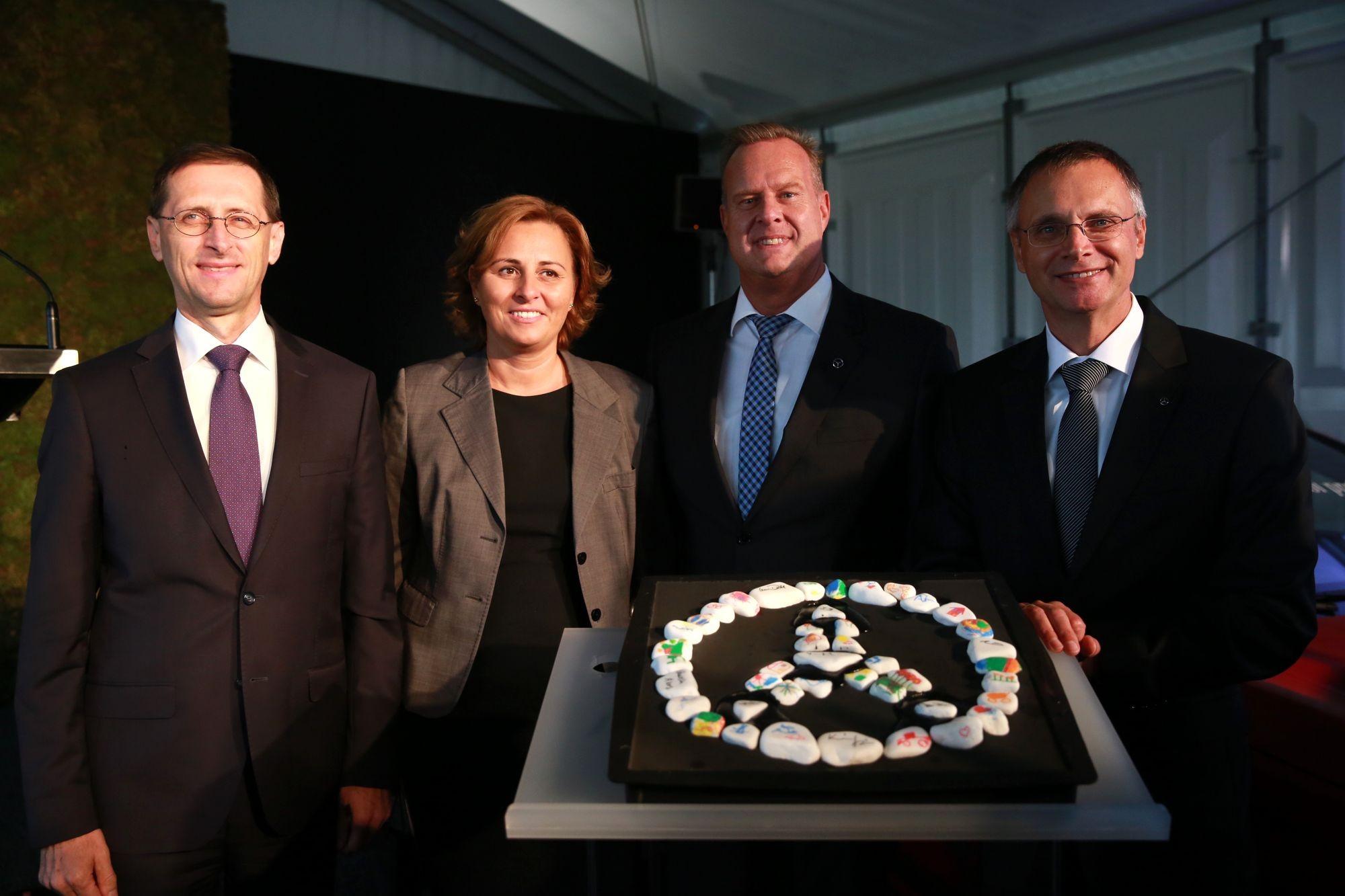 Új képzési központot épít a Mercedes Kecskeméten