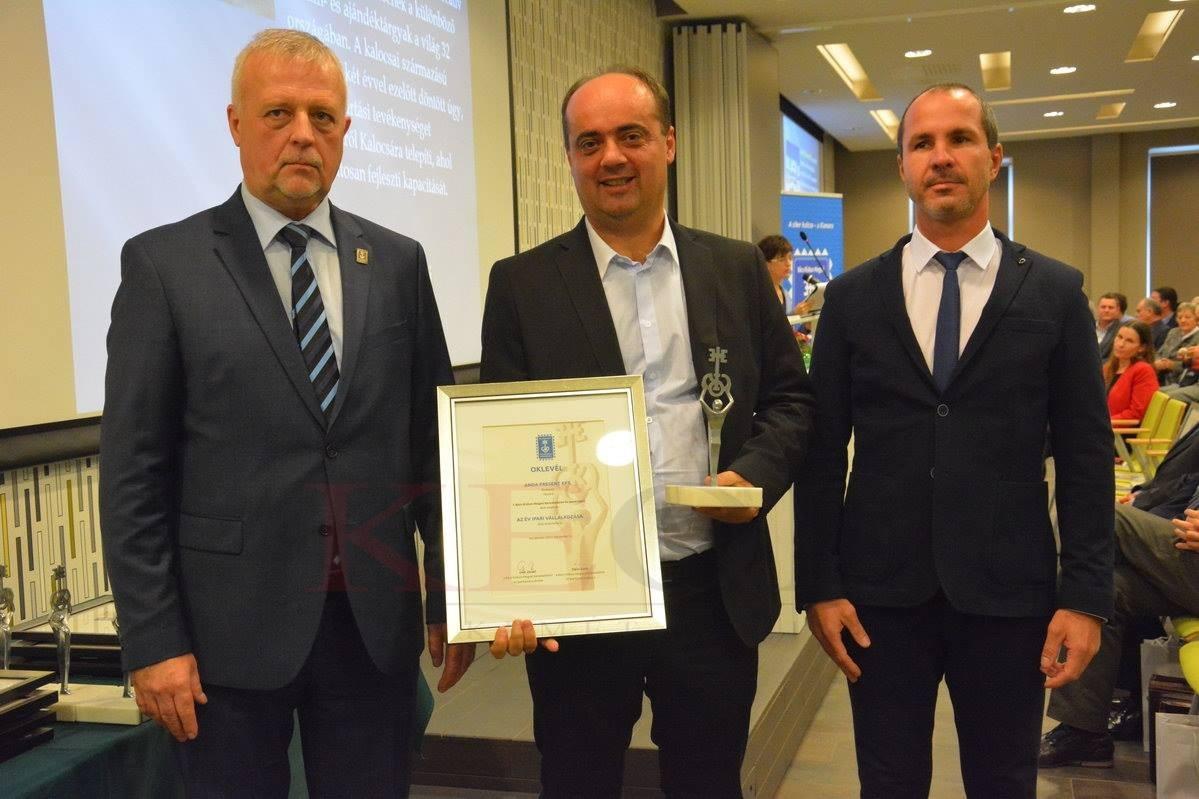"""""""Az Év Ipari Vállalkozása"""" díjjal jutalmazták az Anda Present kalocsai fejlesztését"""