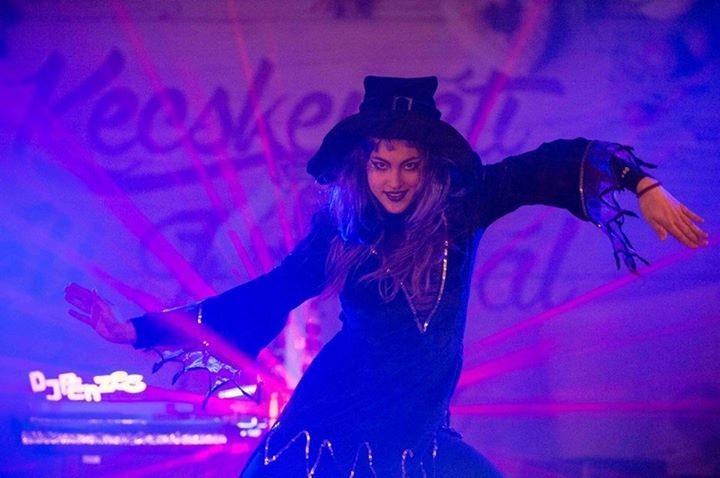Boszorkányok ropták táncukat Kecskemét főterén