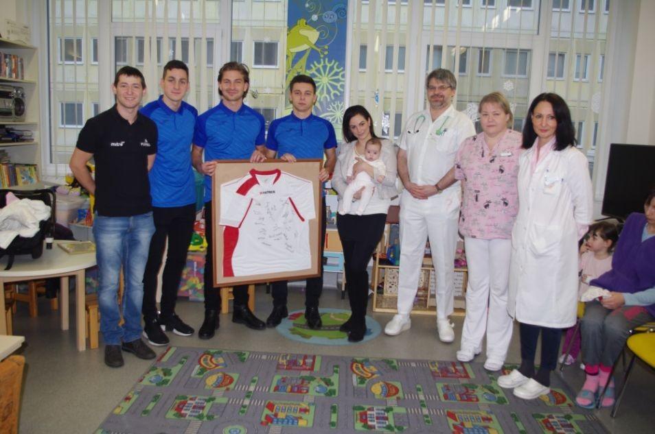 Jótékonysági akcióval segítettek a Scoregoal Kecskeméti Futsal Club játékosai