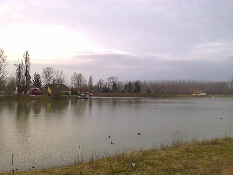 Ma tetőzött Bajánál a Duna