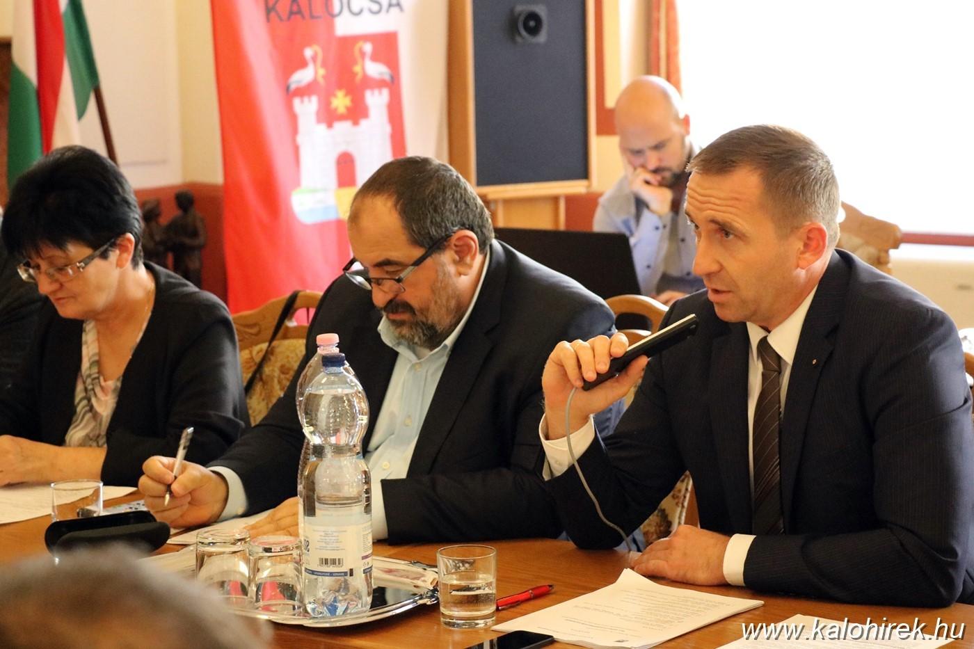 """Filvig Géza: """"a kalocsai MSZP vezetői alkalmatlanok a politikusi tisztségre"""""""