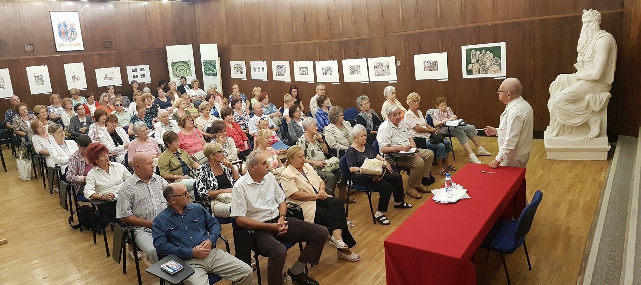Hajagos Csaba és Szécsi Gábor tart előadást a Harmadik Kor Egyetemén