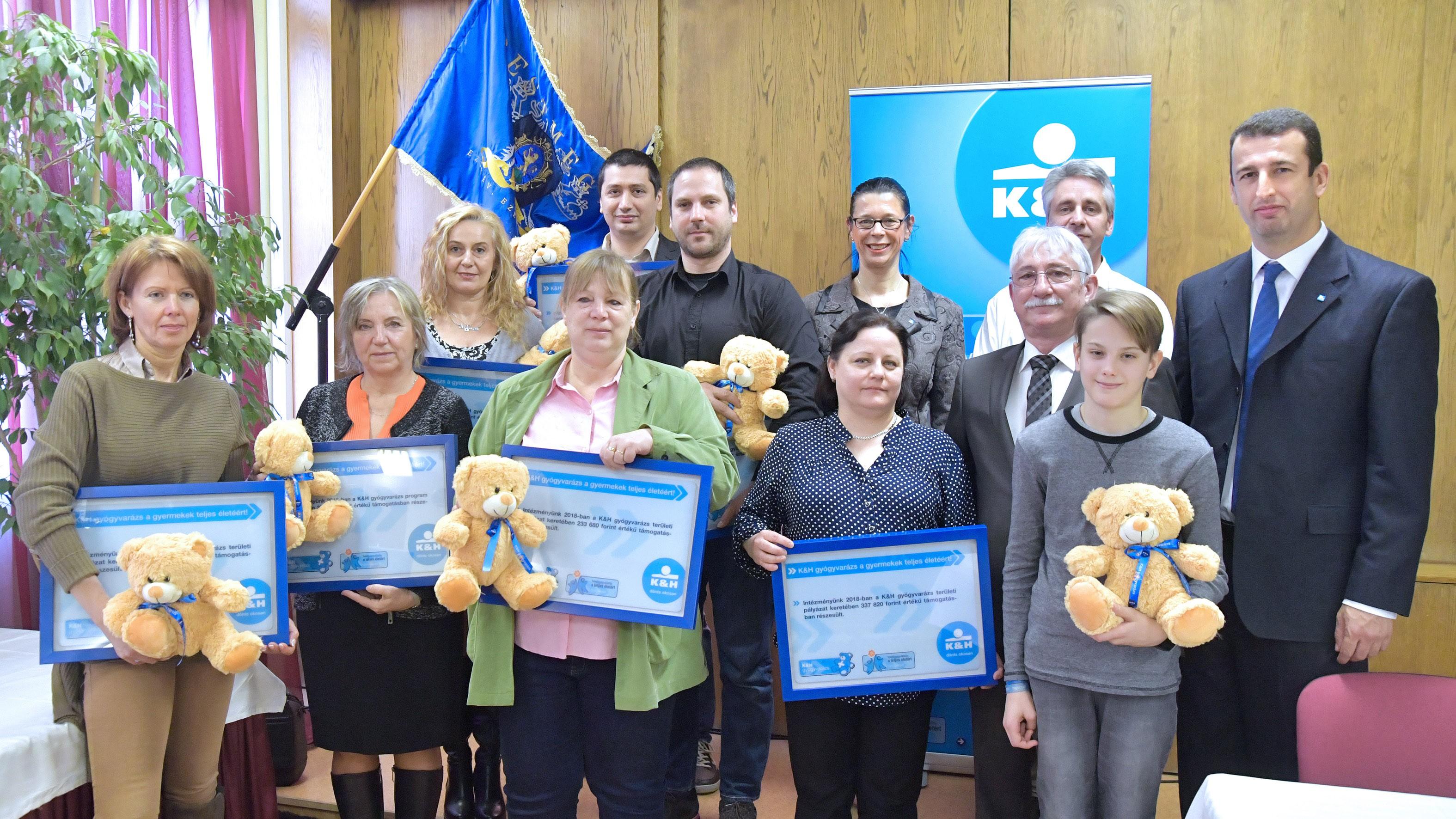 Bács megye gyermekgyógyító intézményei is  a K&H támogatásával kezdik az évet