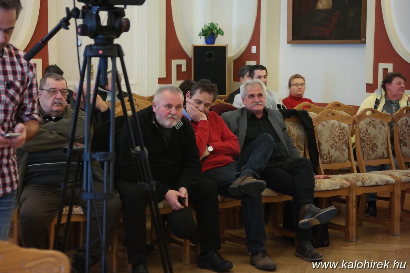 Pálfordulás Kalocsán - a helyi baloldal sem támogatja a ráerőltetett jelöltet