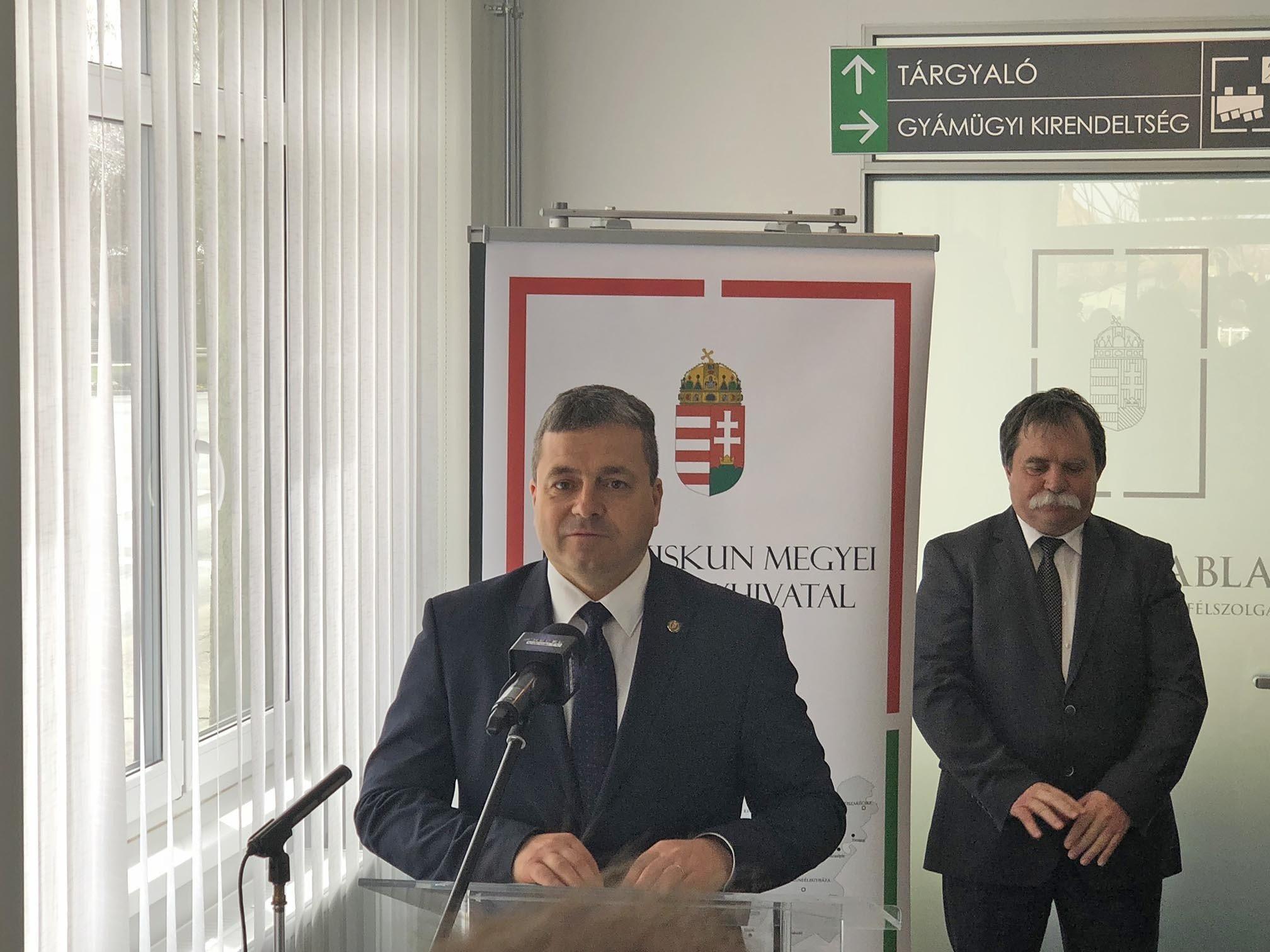 Nem jelentek meg ellenzéki politikusok a keceli új Kormányablak avatón
