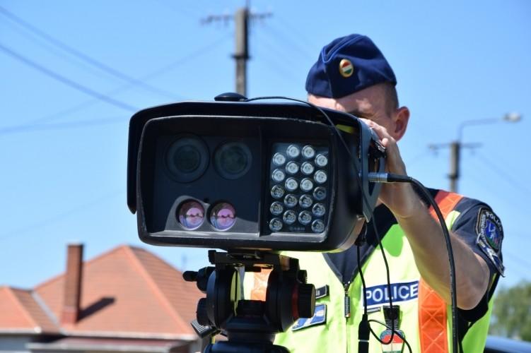 24 órás országos sebességellenőrzést tartanak a rendőrök
