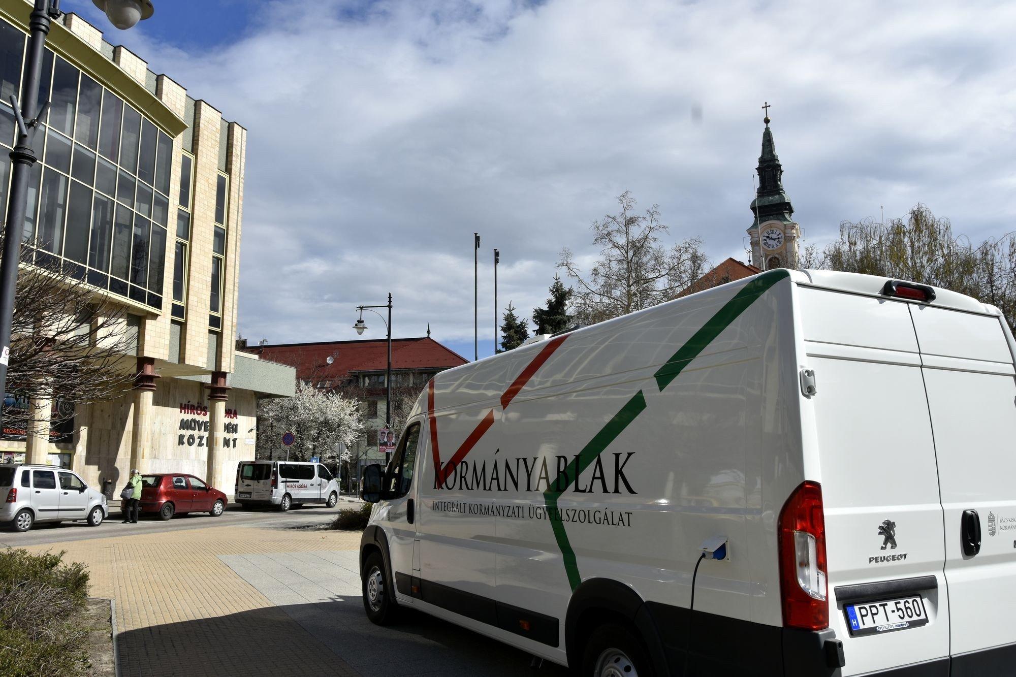 Kormányablak busz járja Bács-Kiskun megyét