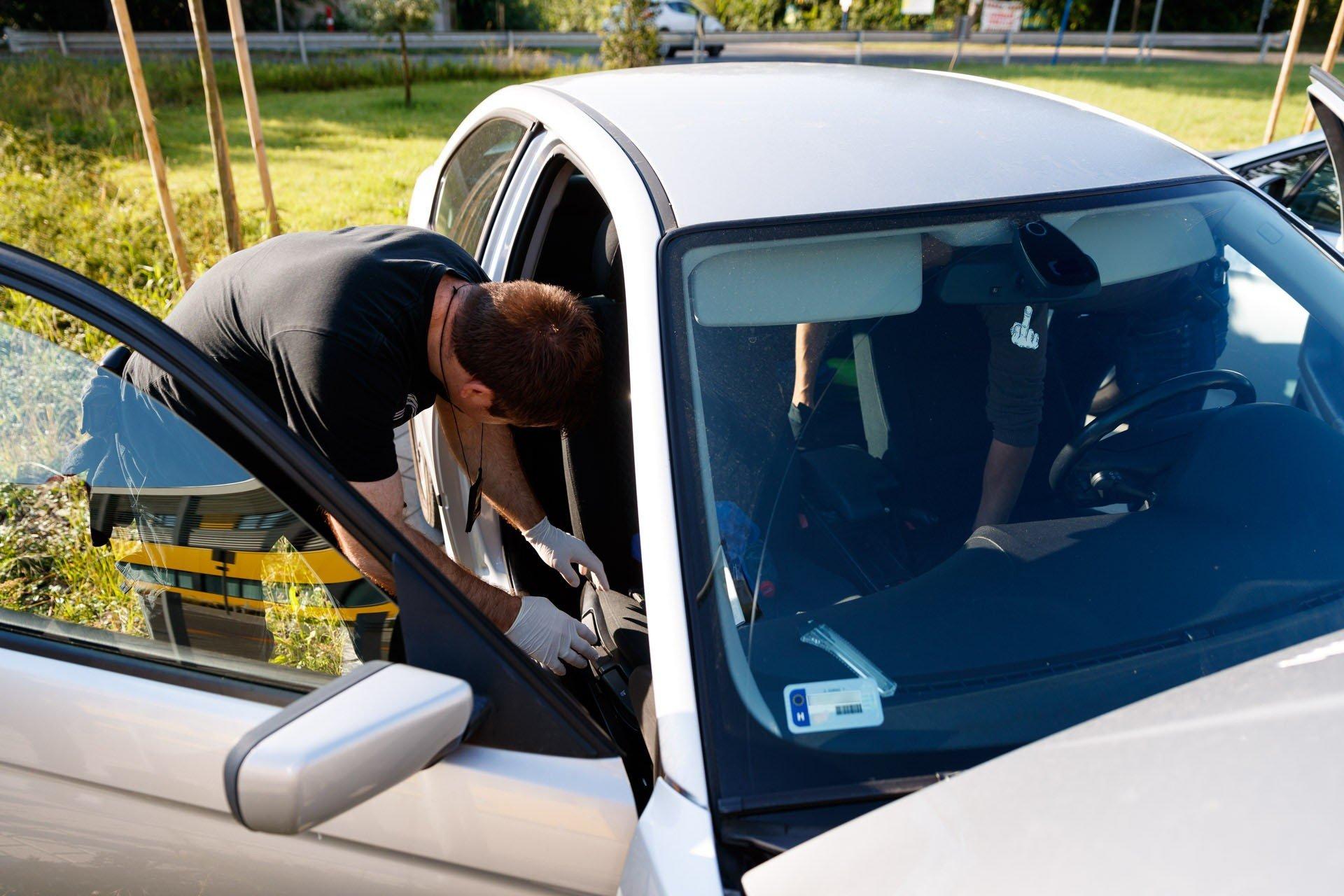 Illegálisan honosított spanyol autókat foglaltak le Bács-Kiskun megyében