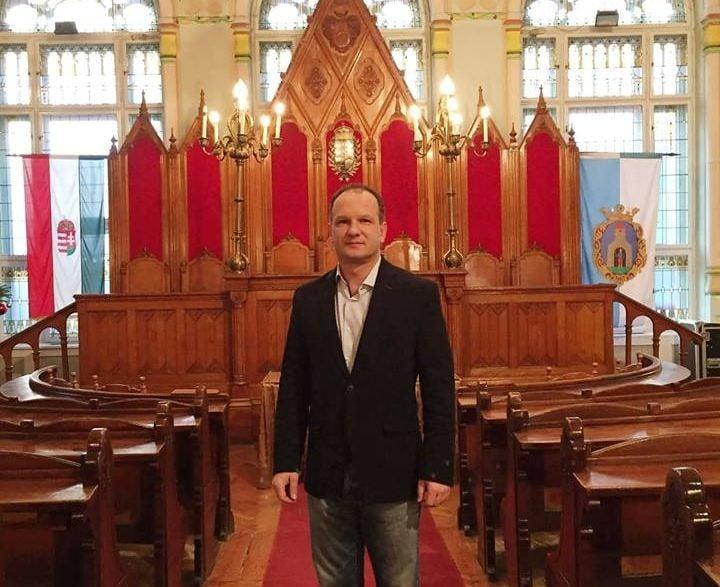 Lezsák Sándor felkérte Csányi Józsefet, hogy induljon újra a polgármesteri tisztségért