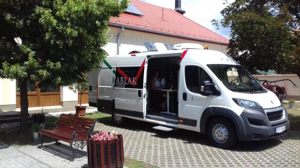 A Kunszentmiklósi Járási Hivatal a kormányablak busz következő megállója