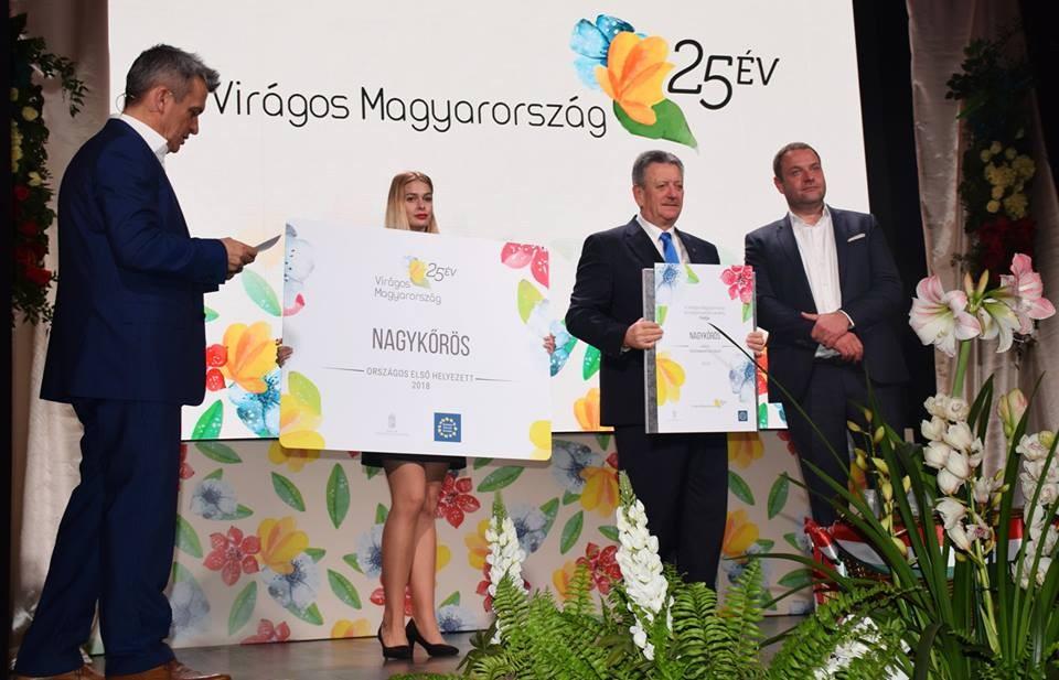 Nagykőrös nyerte a Virágos Magyarország országos környezetszépítő versenyt