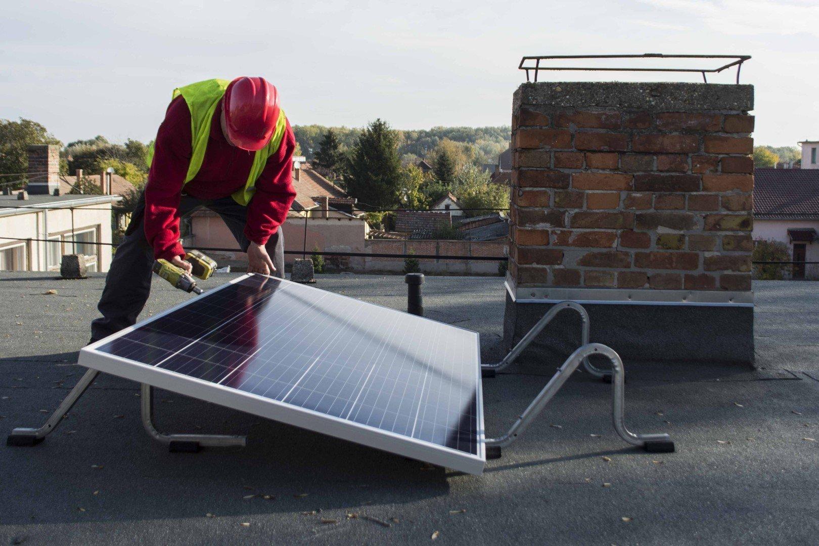 26 félegyházi középületre kerül napelem
