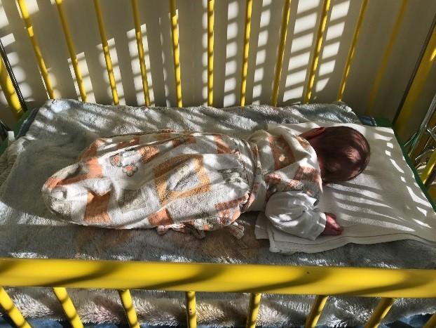 Egészséges újszülöttet hagytak a kecskeméti megyei kórház inkubátorában