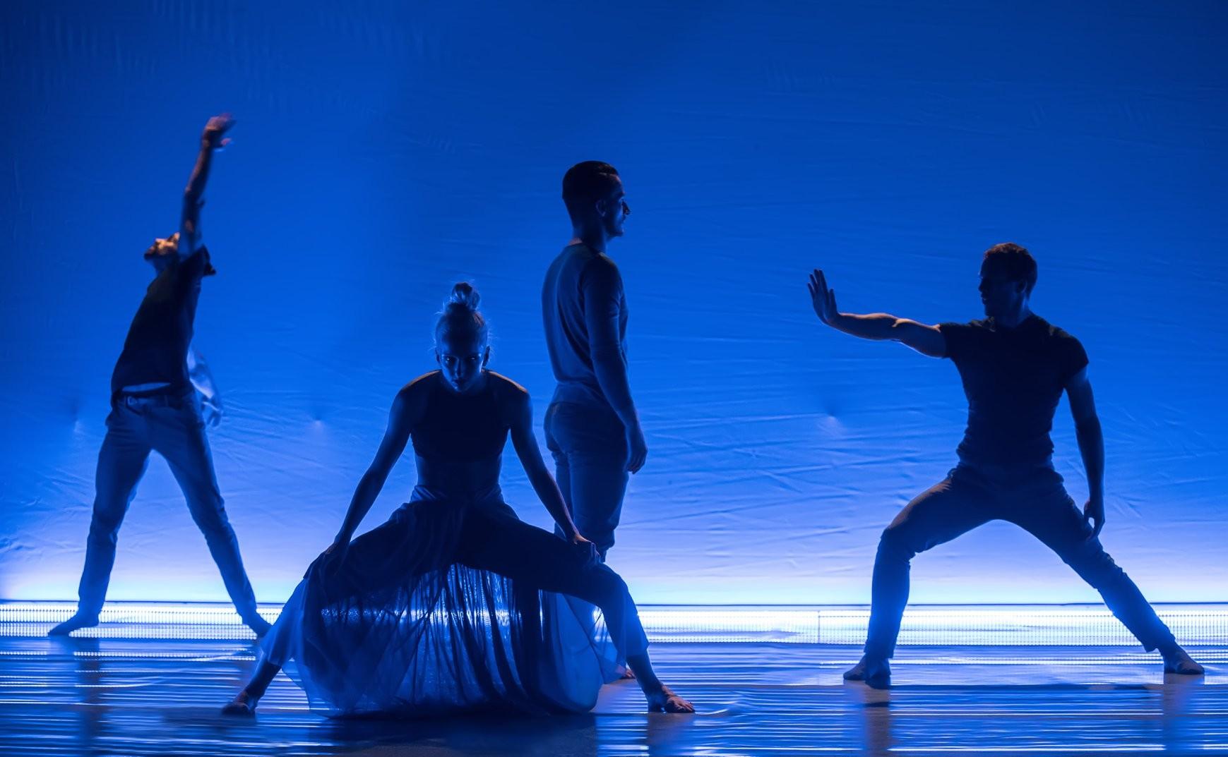 A Kecskemét City Balett és az Esszencia Zenekar közös előadást ad a Várkert Bazárban