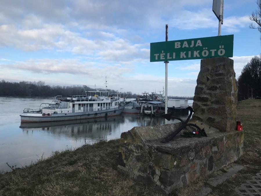 Év végére telik a Duna medre Bajánál