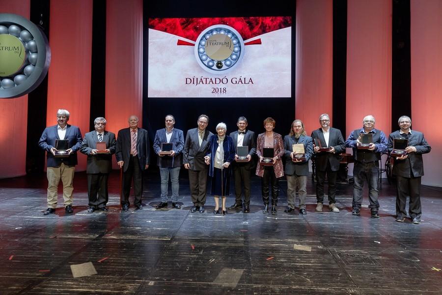 Magyar Teátrum díjban részesült a kecskeméti Katona József Színház hangtárvezetője