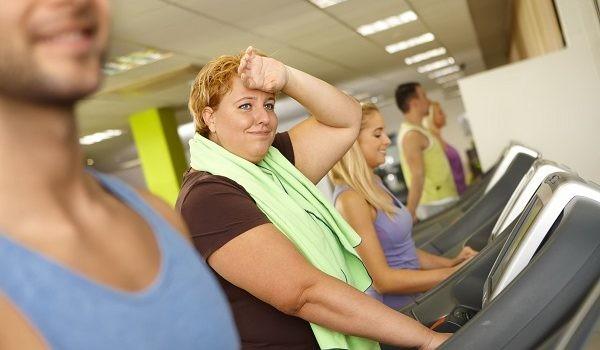 Sokat kell inni és mozogni a súlyfelesleg elkerüléséért