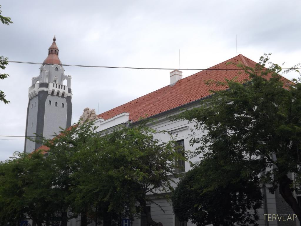 Kilátót alakítanak ki a kiskunhalasi városháza tornyában