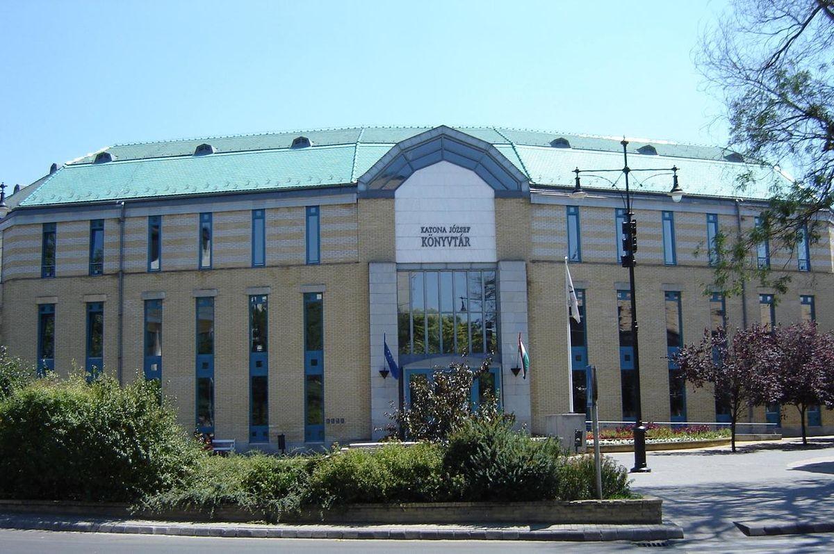 Együttműködési megállapodást kötött a MANK és a megyei könyvtár Kecskeméten