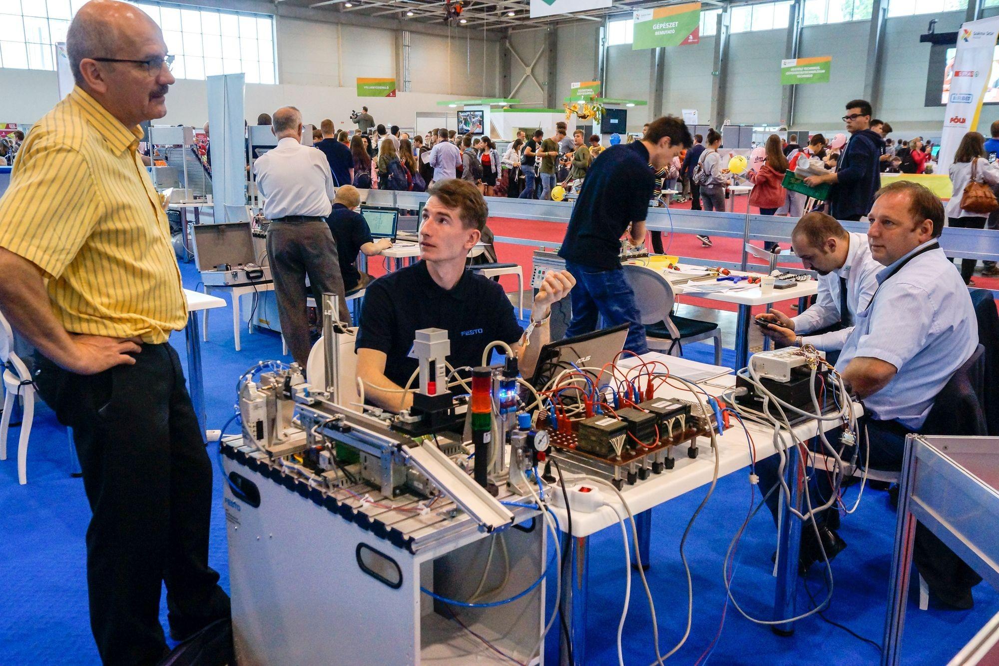 Egyre több diák vesz részt Bács-Kiskun megyéből a szakmák versenyén