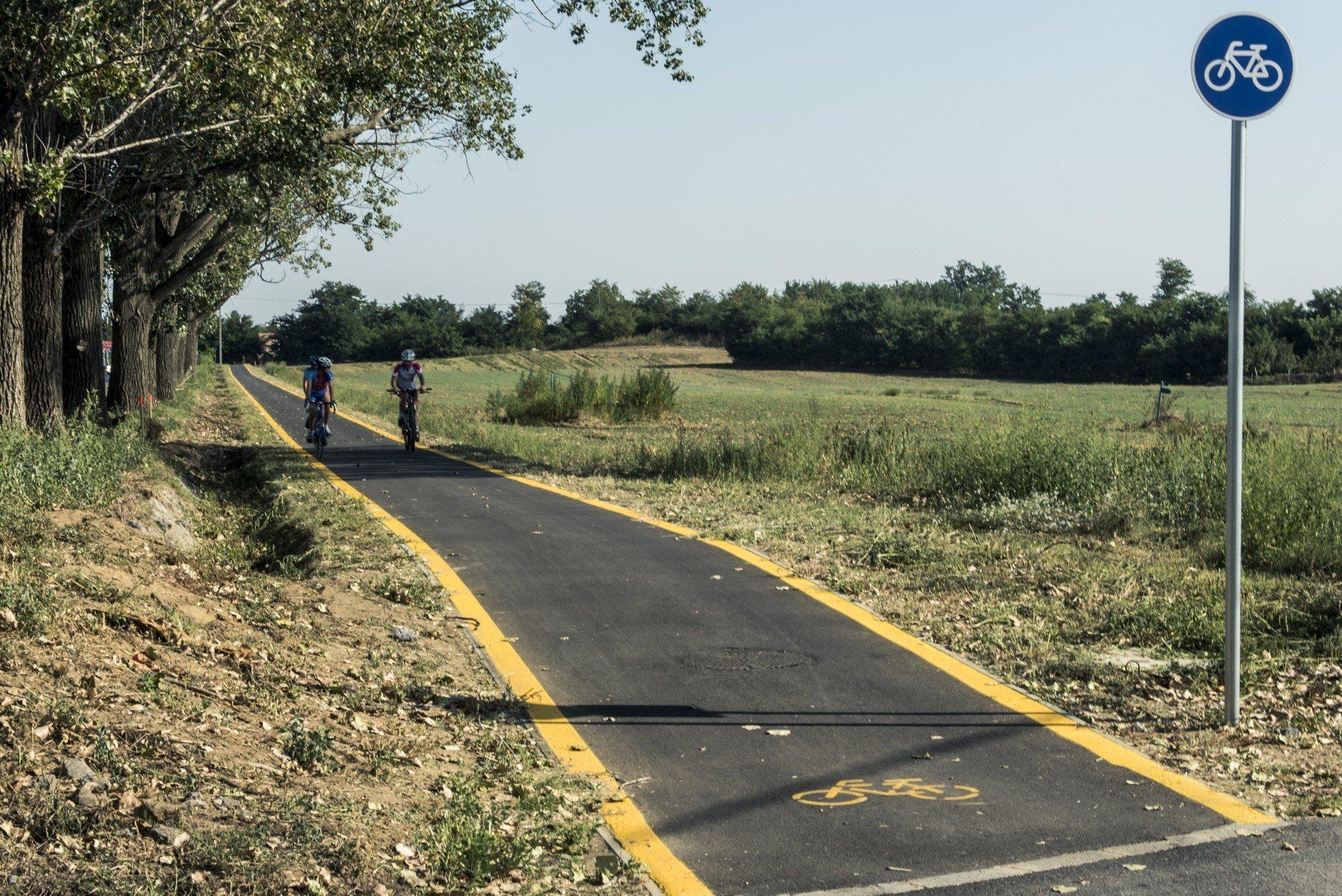 Új kerékpárút köti majd össze Bácsbokod és Bácsborsód településeket