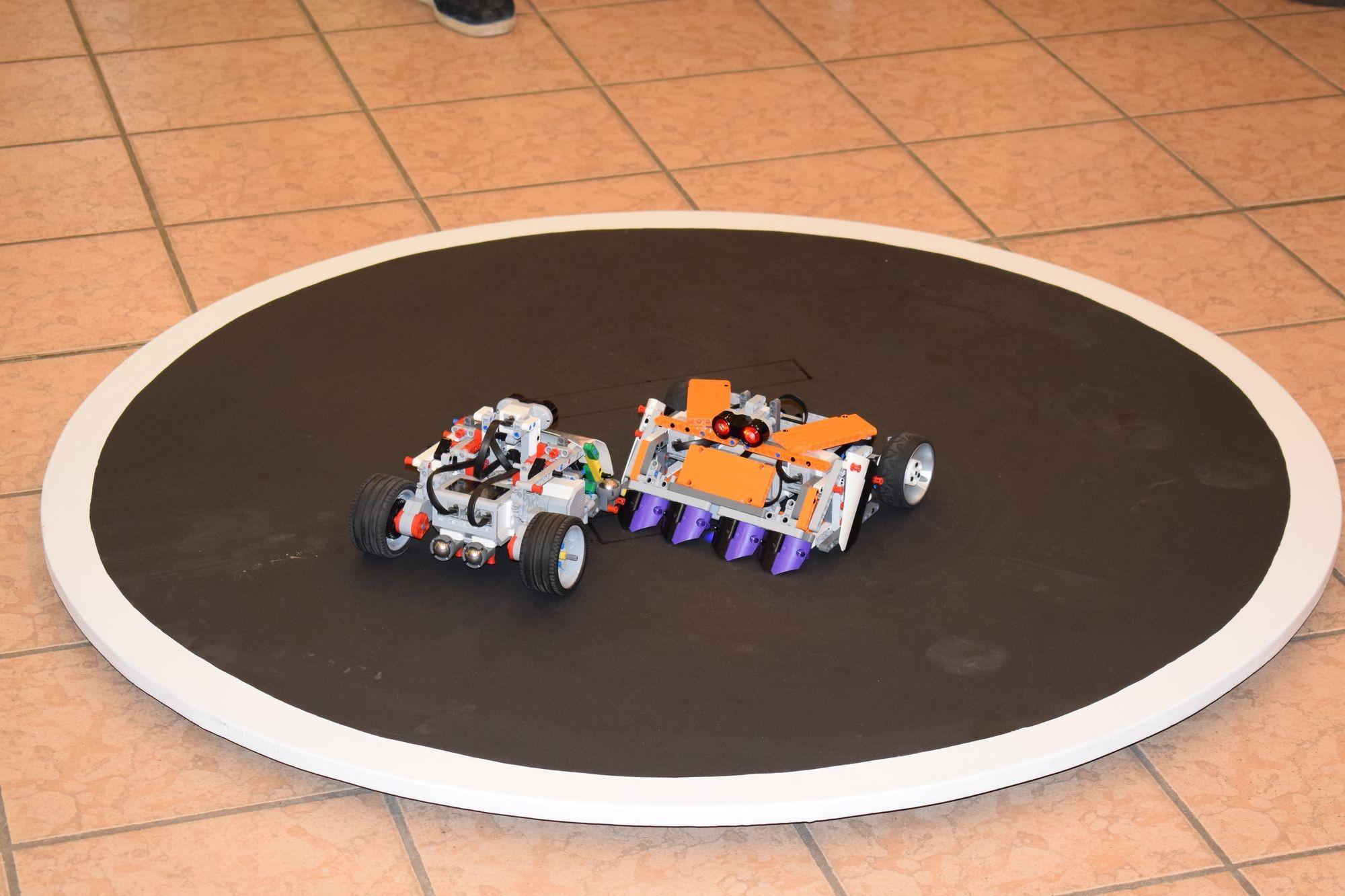 Robotépítő diákok nemzetközi találkozóját tartják Kecskeméten
