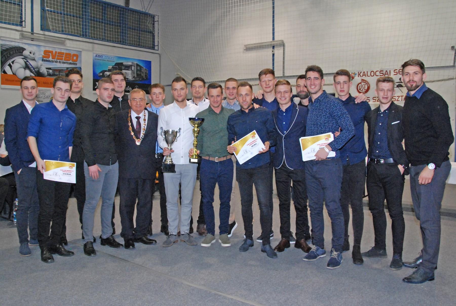 Több mint 250-en kaptak elismerést a kalocsai sportbálon